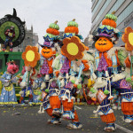 South-Philadelphia-String-Band-Mummers-Parade-2013-0916-150x150